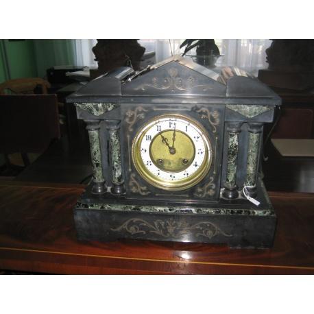 Часы каминные из черного мрамора