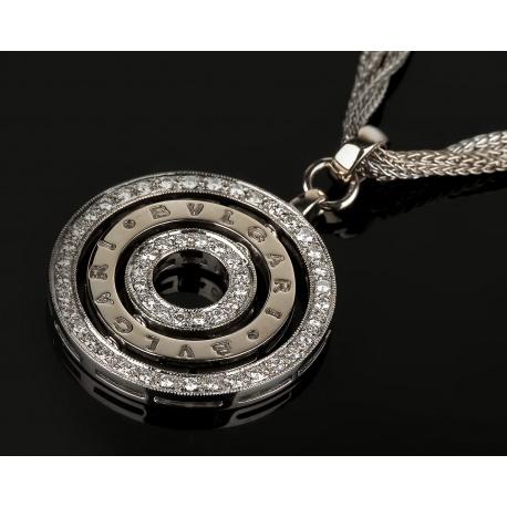 Золотой кулон с бриллиантами на цепочке. Артикул: 130516/10
