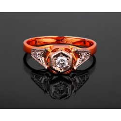 Золотое кольцо с бриллиантами 0.14ct