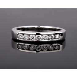 Модное золотое кольцо с бриллиантами 0.23ct