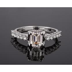 Роскошное золотое кольцо с бриллиантами 1.32ct