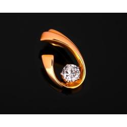 Лаконичная золотая подвеска с бриллиантом 0.17ct