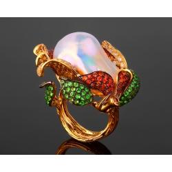 Коктейльное золотое кольцо с морским жемчугом