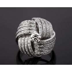 Элегантное золотое кольцо с бриллиантами 1.40ct