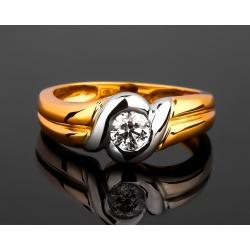 Золотое кольцо с бриллиантом 0.30ct
