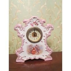Антикварные фарфоровые часы