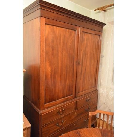 Антикварный шкаф-комод Лот (ALm 9236)