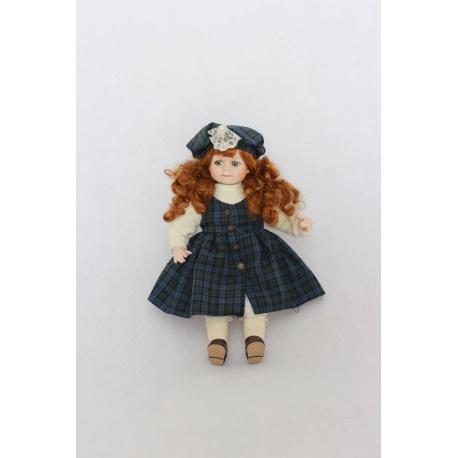 Кукла находится в частной коллекции в Звенигороде