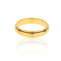 Золотое кольцо с бриллиантом Piaget Possession