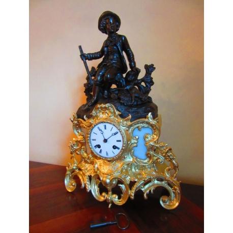 """Антикварные каминные часы """"Молодой охотникъ"""" ( Лот AL 3327 )"""