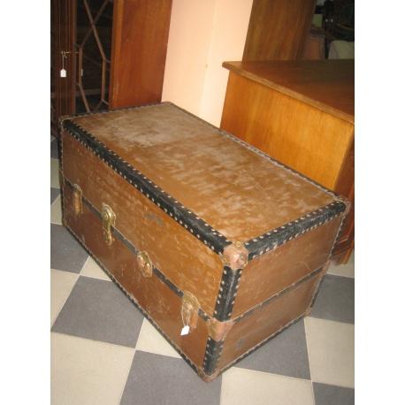 Сундук американский, кожа, 1880 г. № 20090