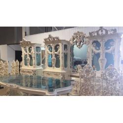 Столовая группа в Венецианском стиле