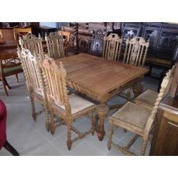 Стол и восемь стульев из массива дуба