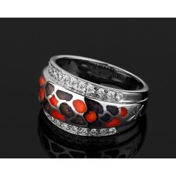 Красивое кольцо с бриллиантами Korloff Yasmine