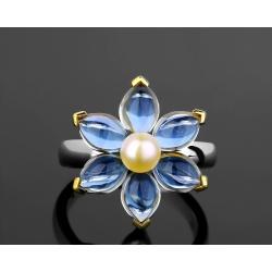Элегантное кольцо с жемчугом и топазами Mimi