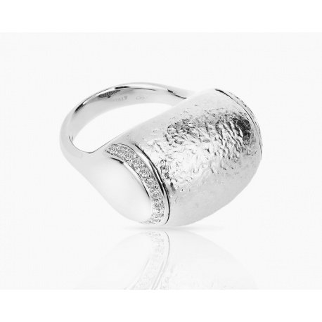 Матовое золотое кольцо с бриллиантами 0.30ct Roberto Coin Артикул: 010418/10