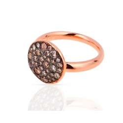 Прелестное кольцо с бриллиантами Pomellato