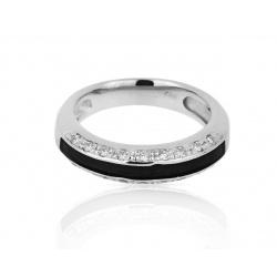 Золотое кольцо с черной эмалью и бриллиантами