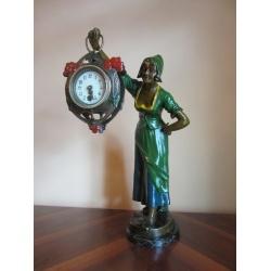 """Антикварные часы """"Девушка-служанка"""""""