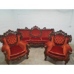 Шикарный комплект мебели