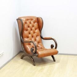 Старинное кресло Честерфилд