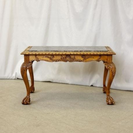 Антикварный столик Чиппендейл