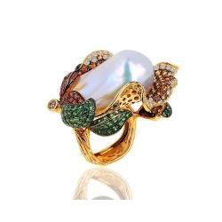 Коктейльное кольцо с крупной жемчужиной