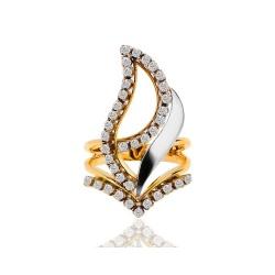 Чудесное кольцо с бриллиантами 0.75ct