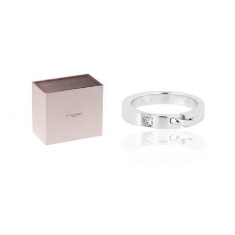 Модное кольцо с бриллиантом Chaumet Liens