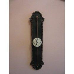 Ползущие часы на штанге Anno 1750