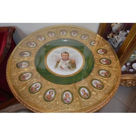 """Стол """"Наполеон и его маршалы"""" 1809 г."""