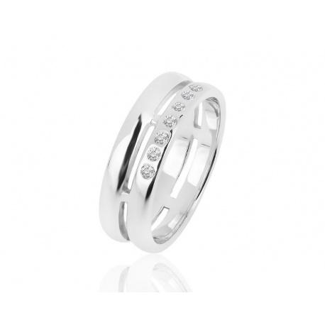 Прекрасное золотое кольцо с 39 бриллиантами