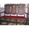 Скамейка была привезена из Европы, находится в антикварном складе №3