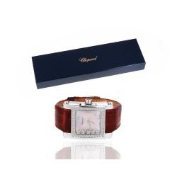 Часы с сапфиром и бриллиантами Chopard Happy Sport