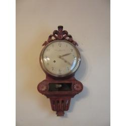 Стенные часы с боем