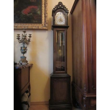 Часы напольные от Franz Hermle