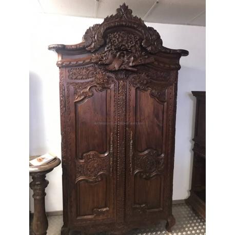 Шкаф для одежды 1860 год.