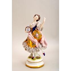 "Статуэтка ""Танцовщица с бубном"" ( Лот MH 1186 )"