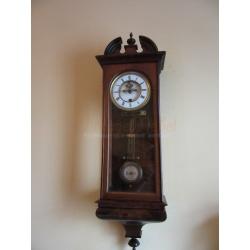 Антикварные часы без боя