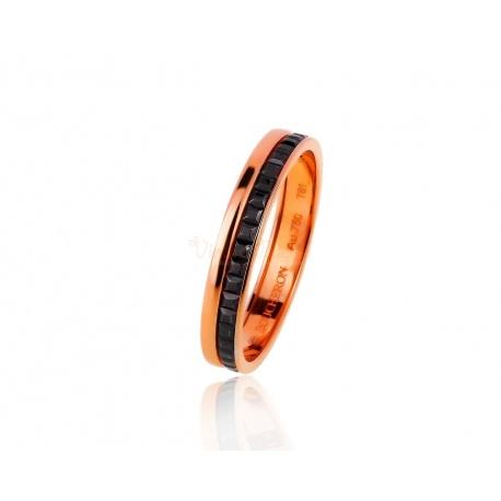 Интересное золотое кольцо Boucheron Quatre