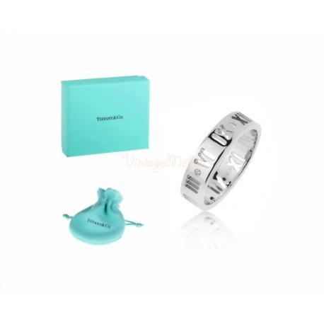 Утонченное золотое кольцо с бриллиантами Tiffany&Co