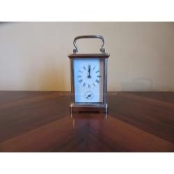Редкие часы каретные