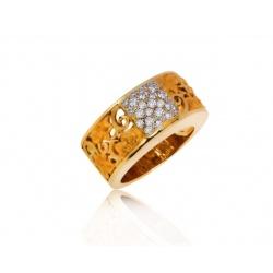 Оригинальное кольцо с бриллиантами Carrera