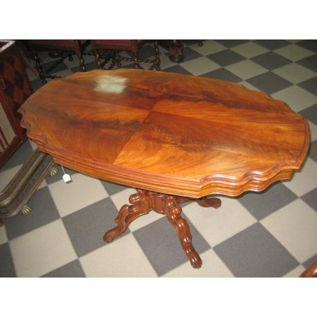 Овальный антикварный чайный столик