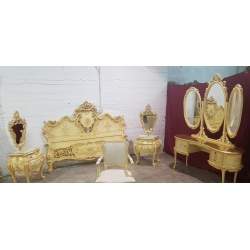 Спальня в стиле венецианского барокко
