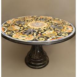 Мраморный стол с великолепной мозаикой