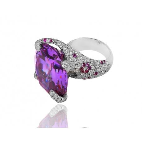 Золотое кольцо с бриллиантами 5.30ct