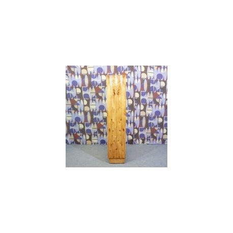 Винтажные колонны из корня ясеня