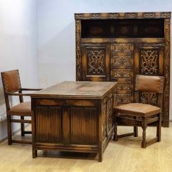 Антикварный старинный кабинет
