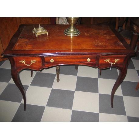 Стол письменный из красного дерева